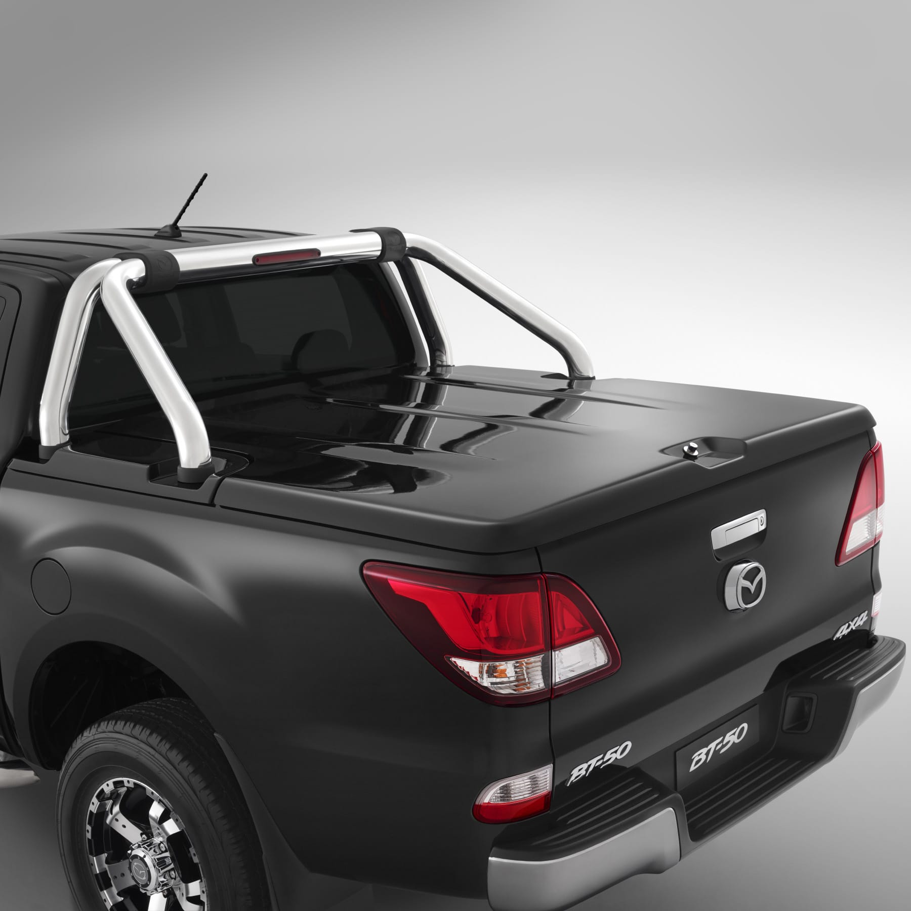 Hard Tonneau Cover- compatible with Sports Bar